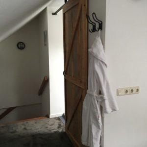 Bedroom3, Rosalie